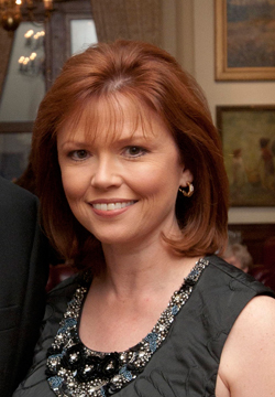 The 53-year old daughter of father (?) and mother(?) Kelly O'Donnell in 2018 photo. Kelly O'Donnell earned a  million dollar salary - leaving the net worth at  million in 2018
